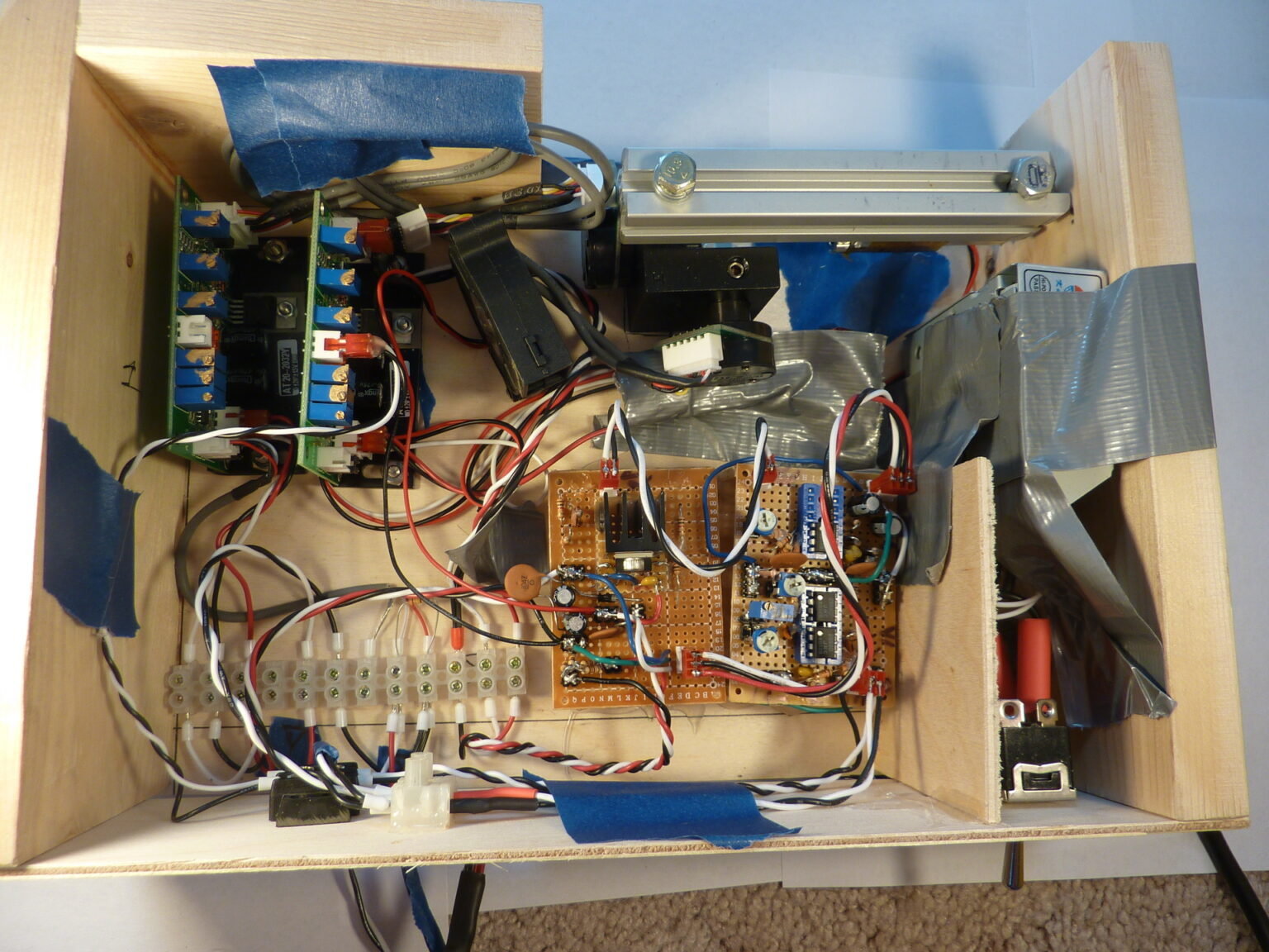 Control system for a laser galvonometer, built as a final project for a controls systems class.